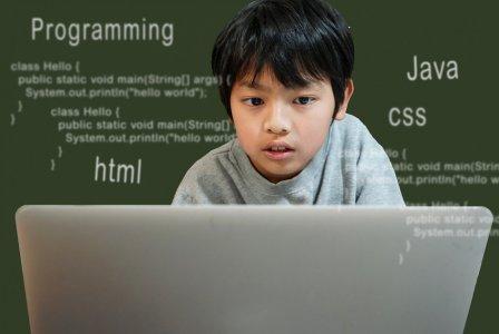 小学生でプログラミング? 必修化で心配な保護者の方へ