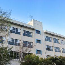 大学附属校を探る
