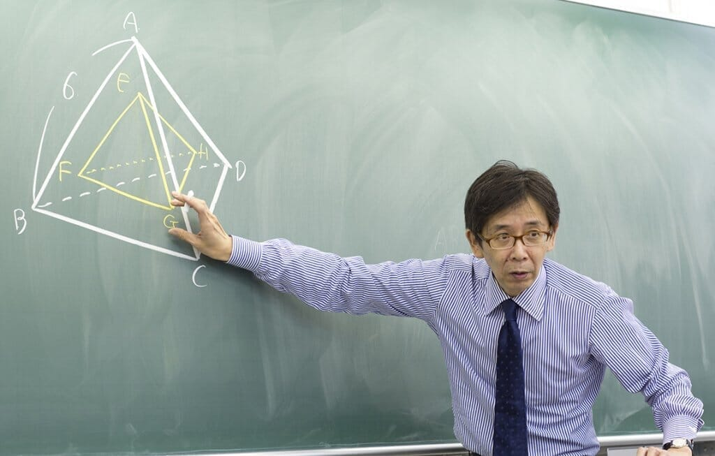 橋野篤先生の授業風景