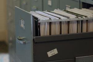 書類やデータの保管管理